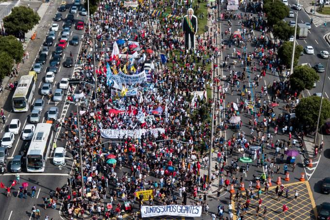 Protestos na Avenida Presidente Vargas no Rio
