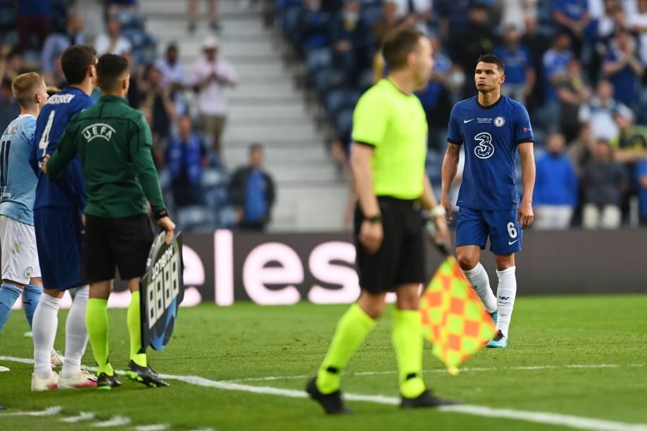 Thiago Silva deixa final da Liga dos Campeões lesionado