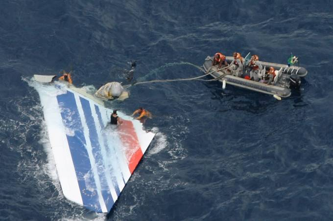 Brazilian Air Force Finds More Debris From Air France Flight 447