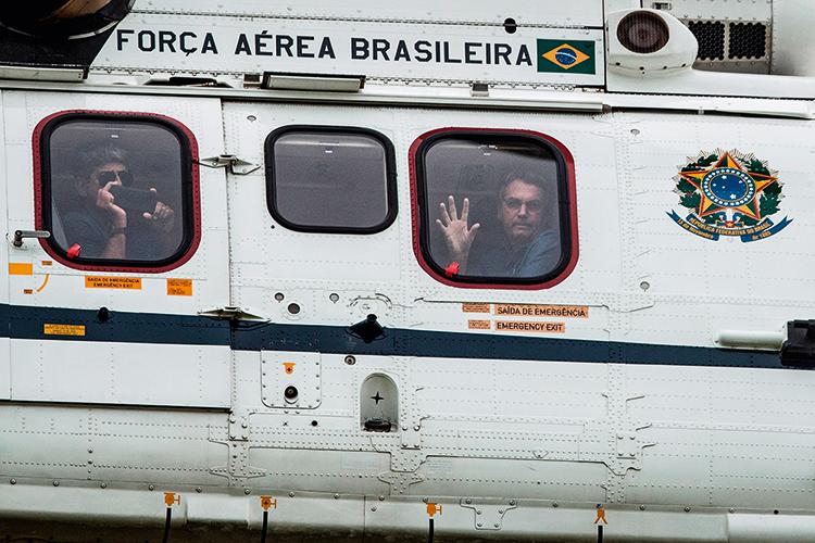 VISTORIA -Bolsonaro no ar: de olho na manifestação pró-governo em Brasília -