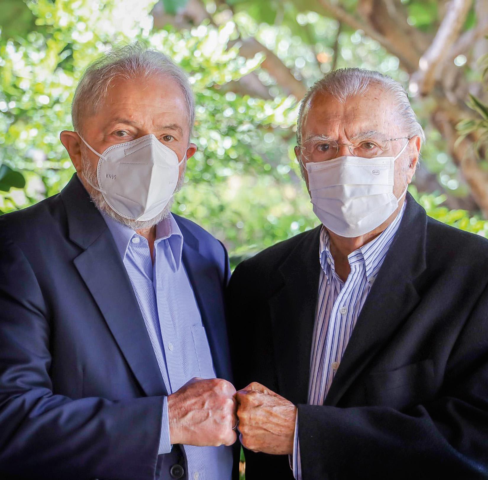 REENCONTRO- Lula e José Sarney: os ex-presidentes foram aliados nos governos petistas -