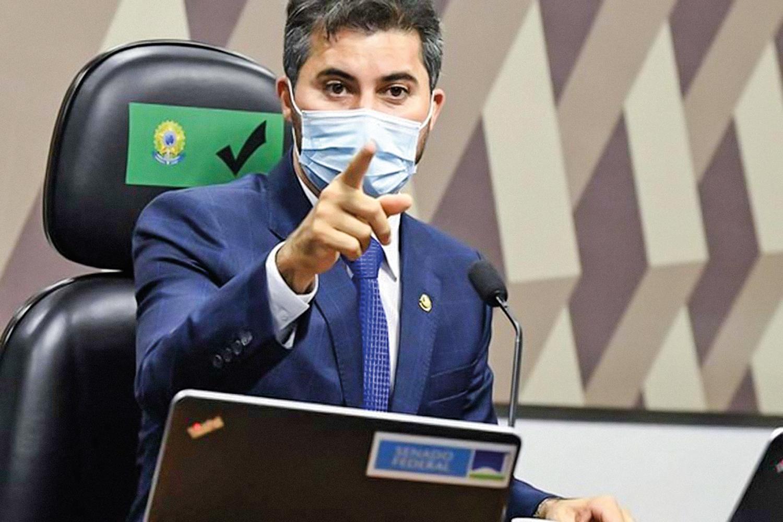CÃO DE GUARDA -O governista Rogério: líder de audiência no Twitter -
