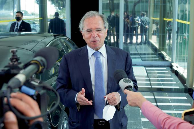 PAULO GUEDES-2021-02.jpg