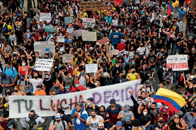 PROTESTO-COLOMBIA-REFORMA TRIBUTARIA-2021-01.jpg
