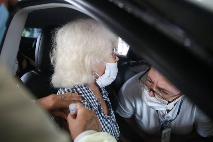 Vacinação: 87% dos brasileiros de 70 a 79 anos receberam ao menos uma dose