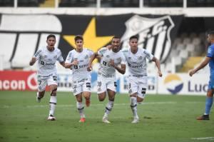 Santos se safou de rebaixamento no domingo -