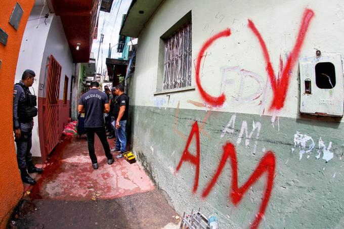 Homem È morto a tiros no bairro da Compensa em Manaus/Briga facÁ¿es