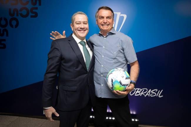 O presidente da CBF, Rodrigo Caboclo, e o presidente da República, Jair Bolsonaro -