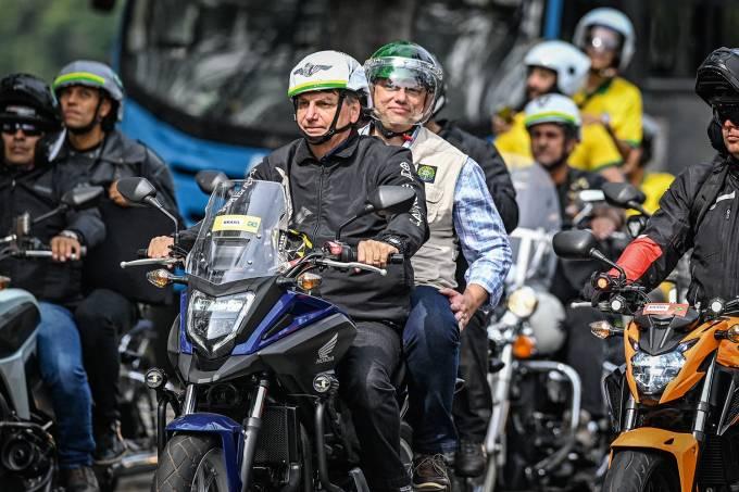 BRAZIL-POLITICS-MOTORCADE-RALLY-BOLSONARO