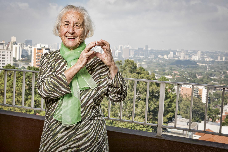 NEUZA DE CARVALHO, 91 anos -