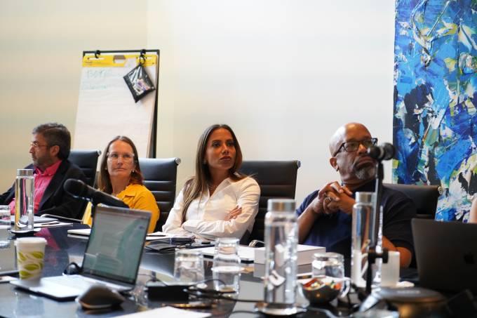 Anitta em reunião do Conselho do Nubank, em Miami – 23.06.2021
