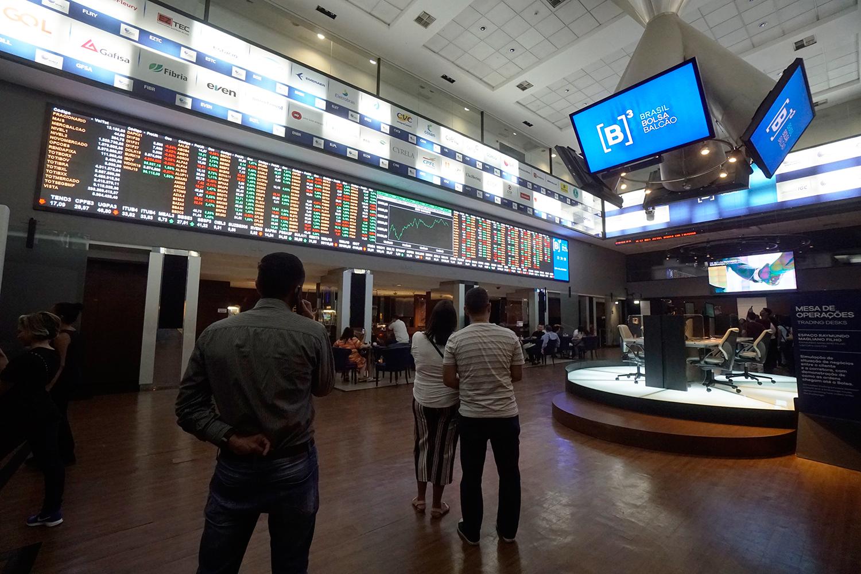 PREGÃO DA B3, EM SÃO PAULO -aumento no número de negociações envolvendo commodities na bolsa -