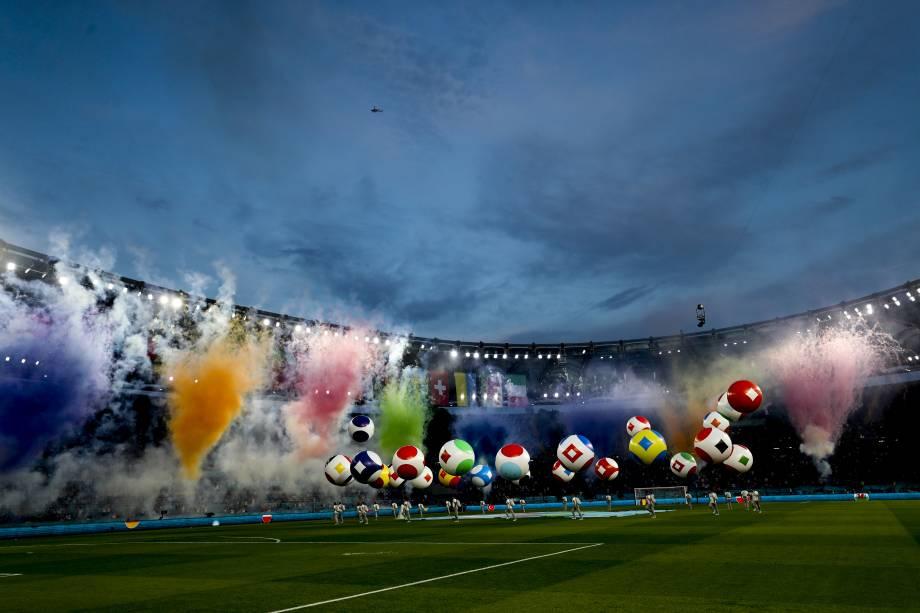 Festa de abertura da Eurocopa no Estádio Olímpico de Roma