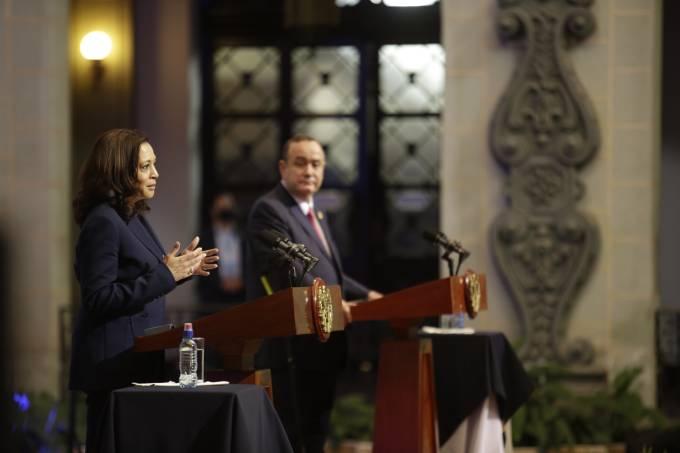 Kamala Harris Visits Guatemala For Talks on Economy and Migration
