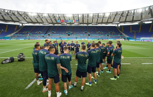ROME, ITALY - JUNE 10: A general view during a Italy training session ahead of the UEFA Euro 2020 Group A match between Italy and Turkey at Olimpico Stadium on June 10, 2021 in Rome, Italy. (Photo by Claudio Villa/Getty Images)