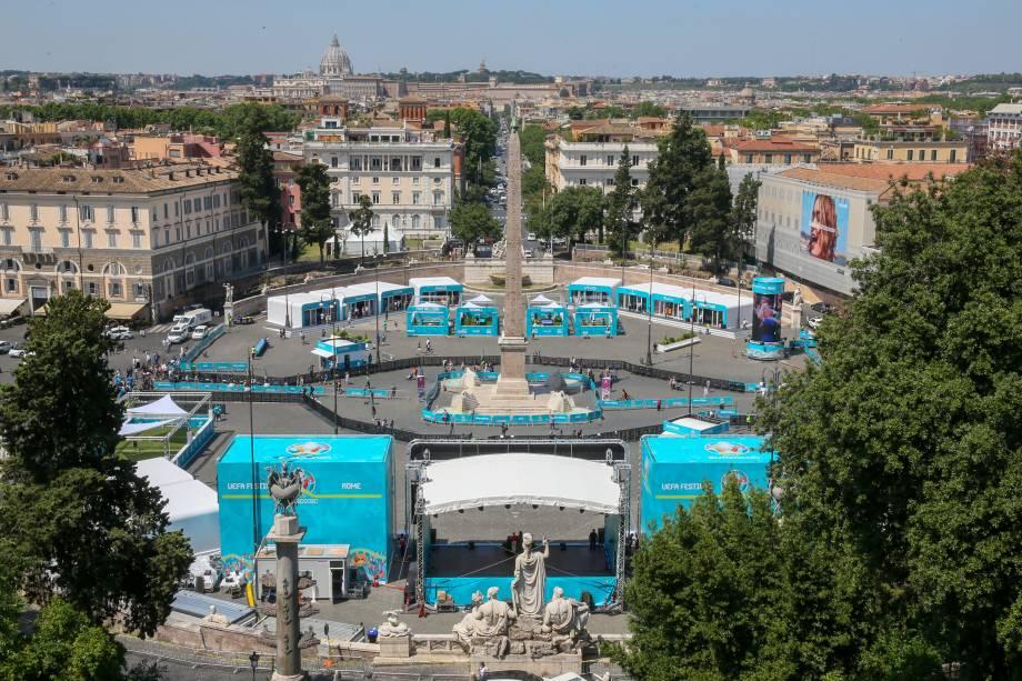 Vista geral da Piazza del Popolo, em Roma