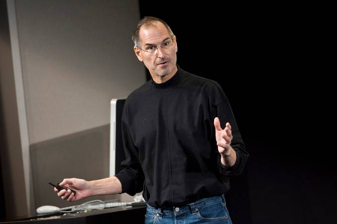 Apple Unveils iPhone Software Developers Kit
