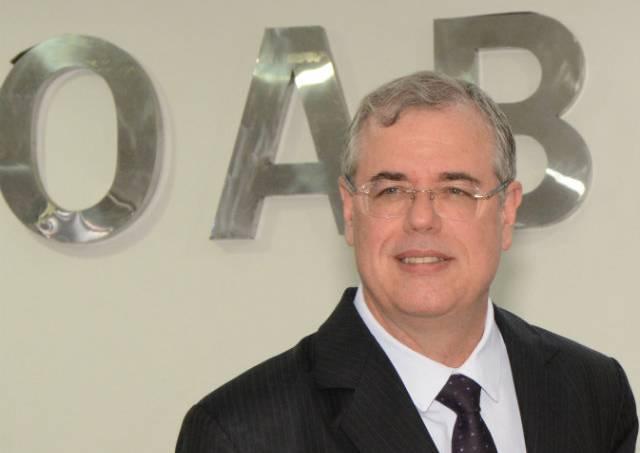 ex-presidente da OAB-BA e Vice-presidente da OAB Nacional, Luiz Viana Queiroz