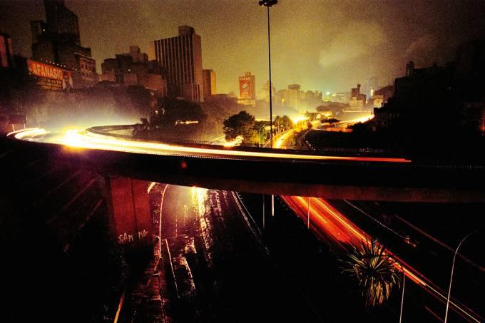 SAO PAULO-BLACKOUT -1999_01.jpg