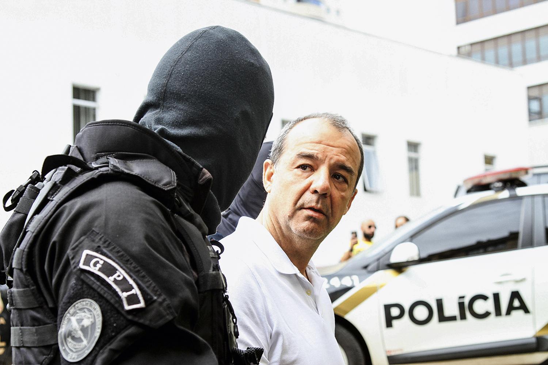 CORRUPÇÃO -Cabral: condenado a 342 anos de prisão, ele pode ser beneficiado -