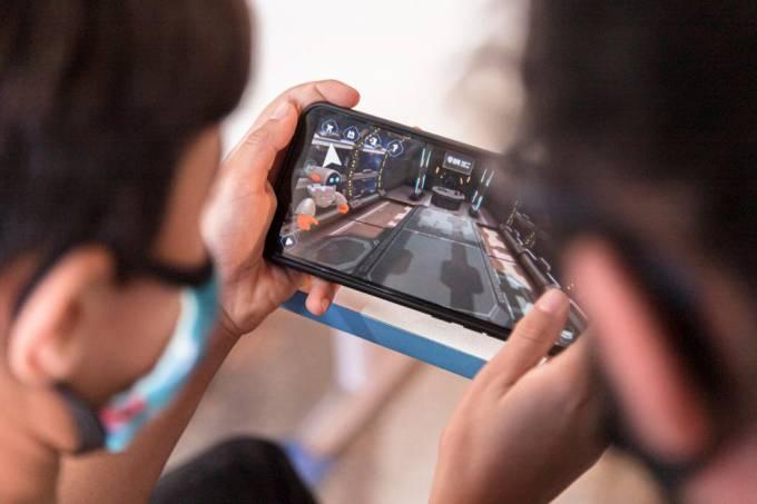 """Plataforma do projeto-piloto """"Robótica Espacial"""" pode ser utilizada até em celulares"""
