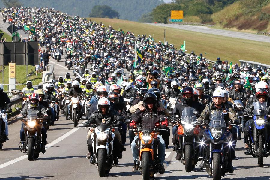 'Motosseata' com o presidente Jair Bolsonaro