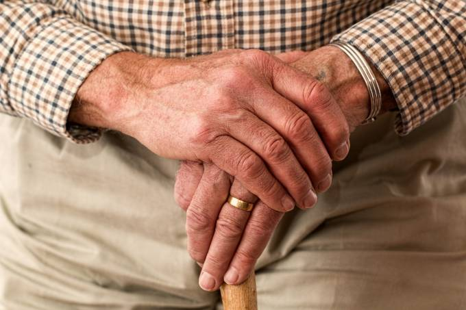 elderly-981400_1920 (1)