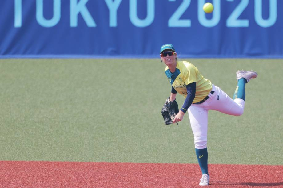 Michelle Cox, da Austrália, em ação durante partida contra o Japão -