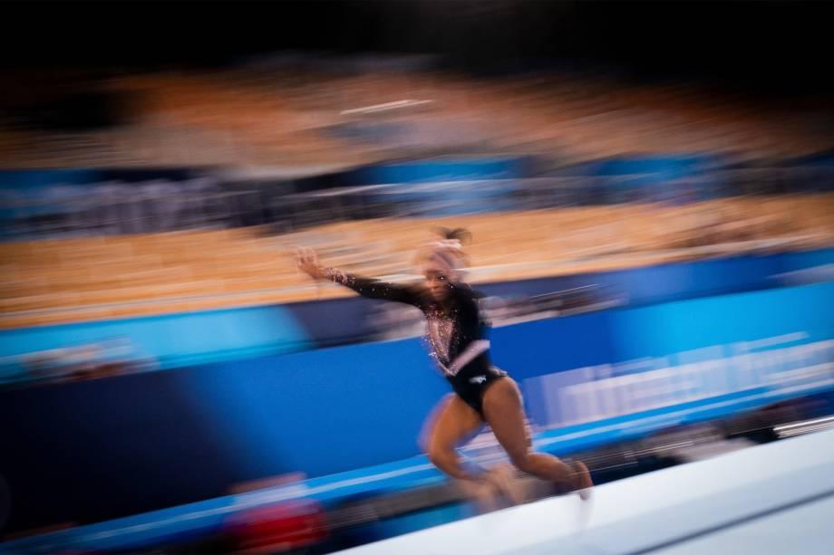 A ginasta Simone Biles, dos EUA, em treino no Ariake Gymnastics Centre  -