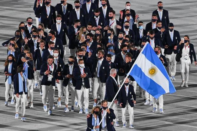 Delegação da Argentina durante desfile na cerimônia de abertura -