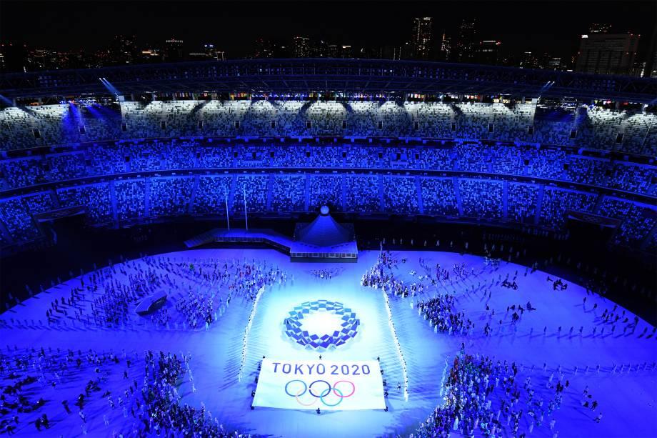Delegações de atletas durante a cerimônia de abertura dos Jogos Olímpicos 2020, no Estádio Olímpico, em Tóquio -