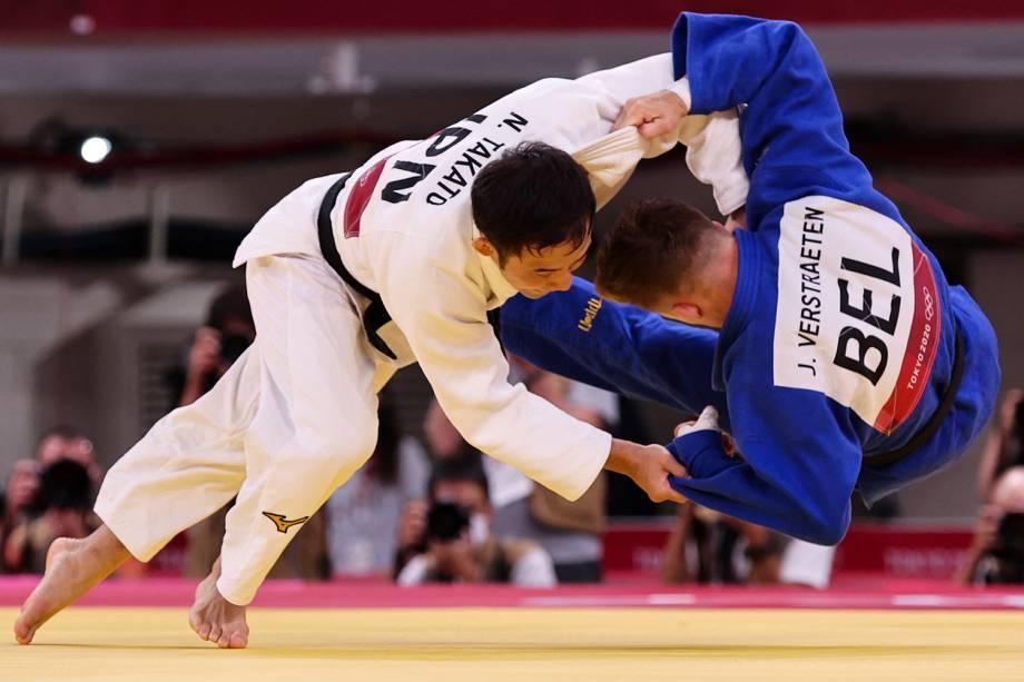 O japonês Naohisa Takato (branco) durante luta com o belga Jorre Verstraeten -
