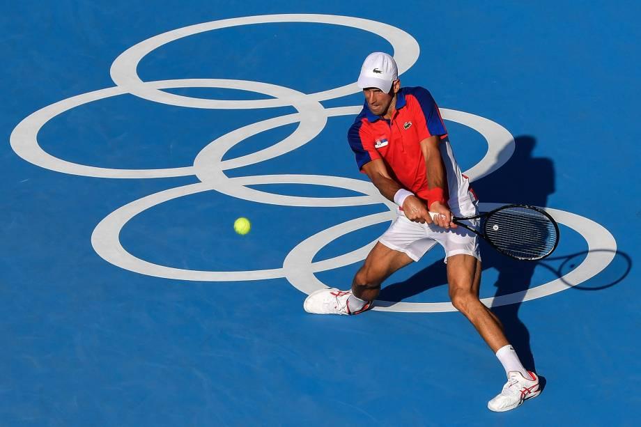 O tenista Novak Djokovic, da Sérvia, durante partida contra o boliviano Hugo Dellien -