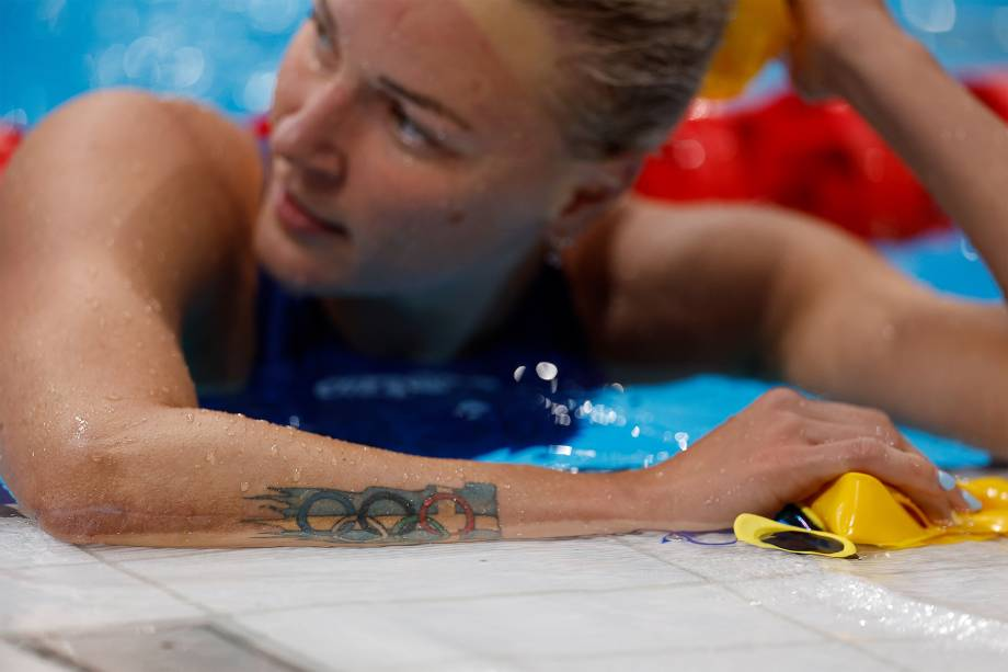 A sueca Sarah Sjoestroem após a semi-final dos 100m borboleta -