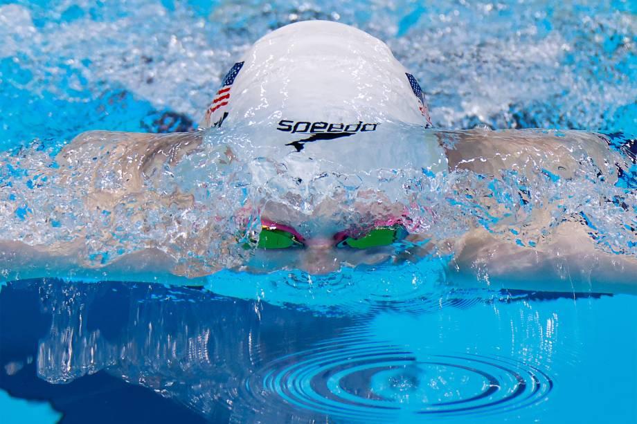 Lydia Jacoby, dos Estados Unidos, na semifinal dos 100m peito -