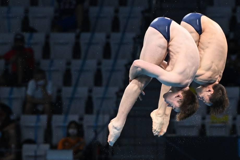 Thomas Daley e Matty Lee, da Grã-Bretanha, em ação no mergulho sincronizado -