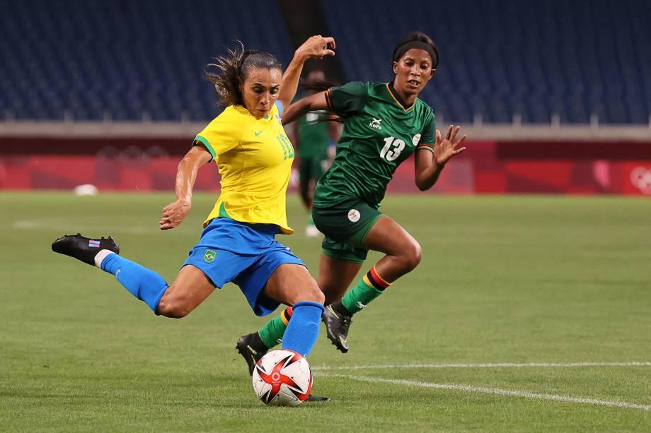 A brasileira Marta em ação durante partida contra a Zâmbia -