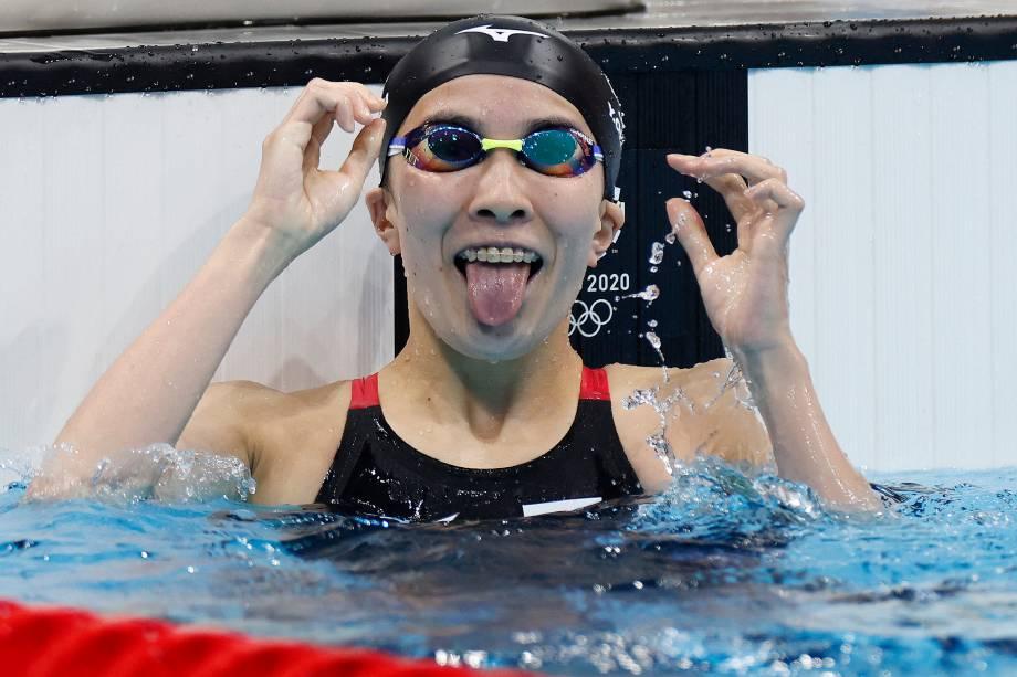 Yui Ohashi, do Japão, comemora após vencer prova de natação na categoria medley 200m -