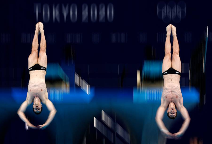Os alemães Patrick Hausding e Lars Rudiger competem na prova de mergulho sincronizado com trampolim -