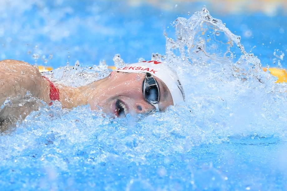 A canadense Penny Oleksiak na semifinal dos 100m livres -