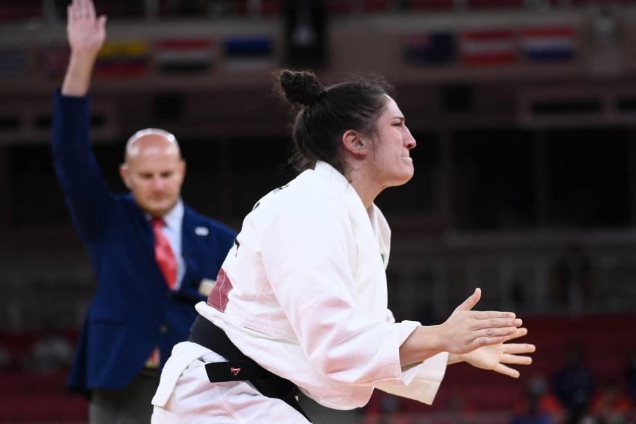 Mayra Aguiar vibra após derrotar Hyunji Yoon e garantir o bronze no judô -