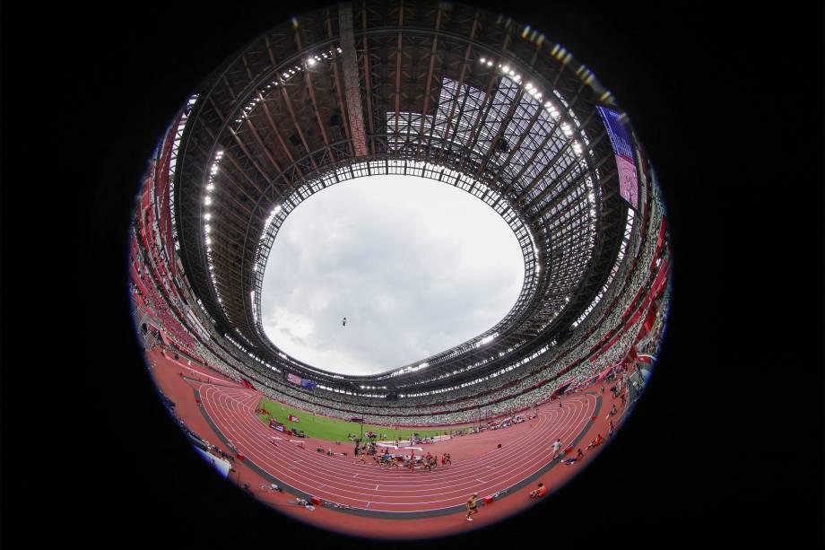 Visão geral do Estádio Olímpico de Tóquio durante as provas de atletismo -