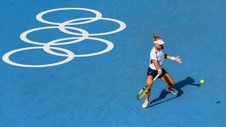 Laura Pigossi, do Brasil, durante partida válida pelo bronze -