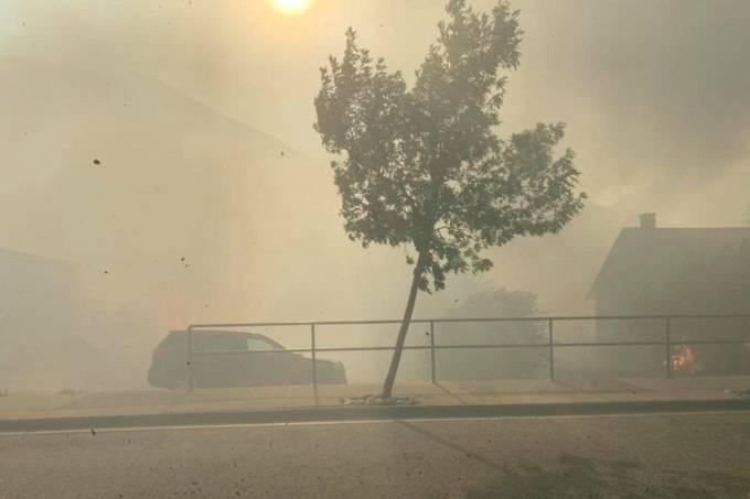 Lytton, na Colúmbia Britânica, no Canadá: incêndios destruíram a cidade na última quarta-feira (30)