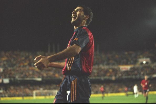 Guardiola em partida pela Espanha