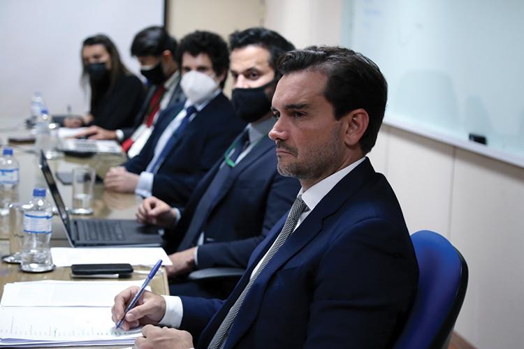 TRABALHO ÁRDUO -Celso Sabino: o empenho do deputado melhorou o projeto -