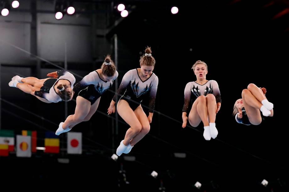Madaline Davidson, da Nova Zelândia, na qualificação de trampolim -