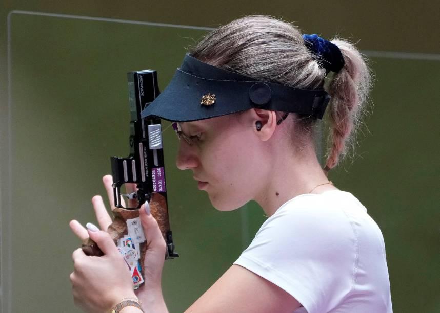 Anna Korakaki, da Grécia, durante prova de tiro -