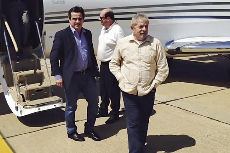 ADMIRAÇÃO -Com Lula: o petista já foi considerado pelo senador o melhor presidente de todos os tempos -