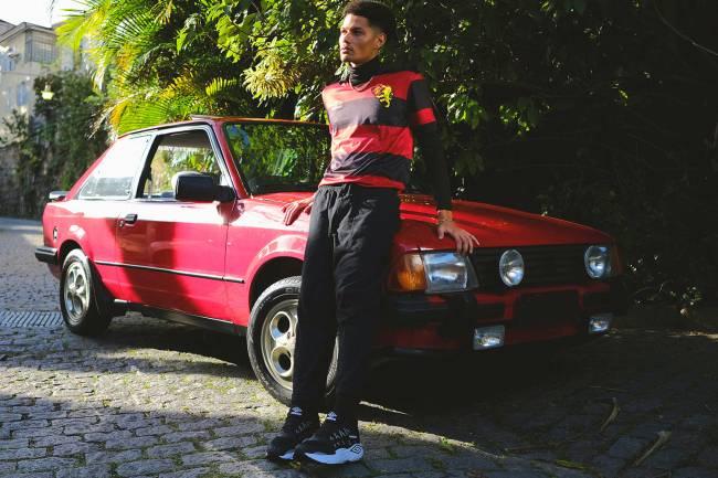 Modelos vintage da camisa do Sport -